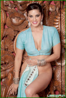 Sunny Leone at her simplest