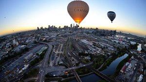 hot-air-balloon-ride-over-melbourne