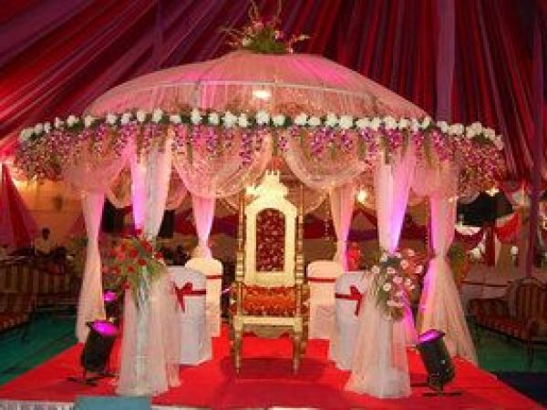 Indian wedding cards, Revolving stage theme