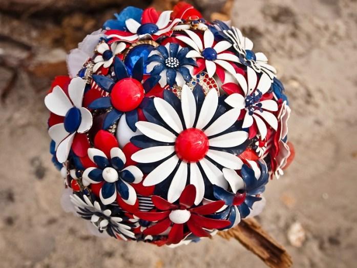 RED-WHITE-BLUE-patriotic-bridal-bouquet