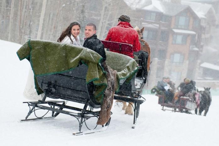 Christmas Inspired Wedding Ideas For Your Winter Wedding Transportation 2