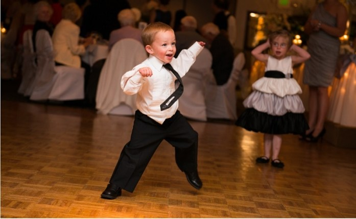 dancing-kids-in-wedding-IWC