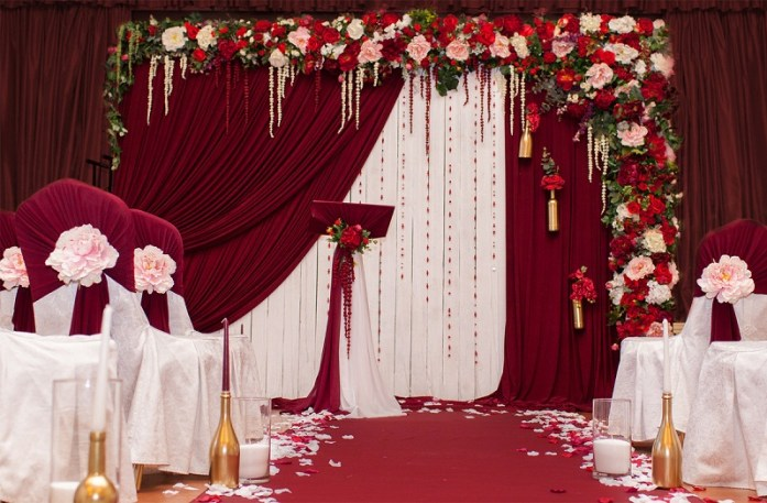 Red and white wedding draperies