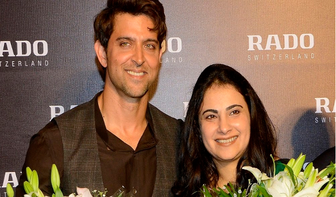 Hrithik introduces Rado's chocolate brown collection