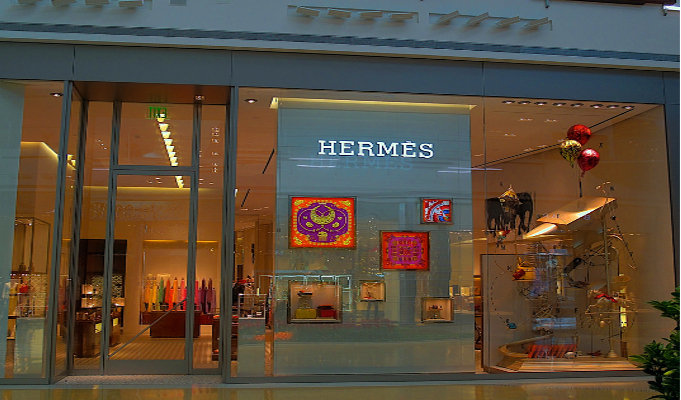 47584198655 ... international luxury brand to introduce the concept of high street  outlets in India. The 170-year old French luxury brand is best known for its  scarves