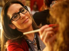 Bobbi Brown wants a world with 'no contouring'