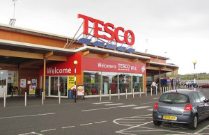 Tesco wages price war on Unilever, stocks stocking brand