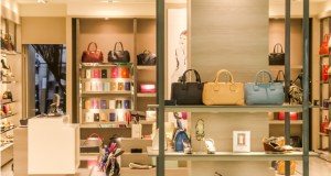 Here are 2016 Luxury Retailers of the Year, revolutionizing your online shopping experience
