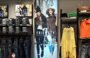Deal Jeans to open 30 stores by this fiscal end; enter Dubai and Africa markets