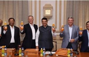 Coca-Cola introduces Minute Maid Santra