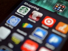 Rising shopping apps boosting m-commerce in India: Survey