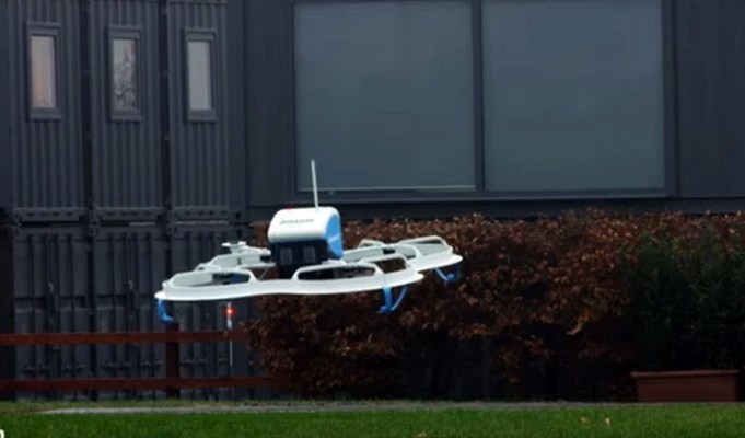 Flying drones soon to be used for doorstep delivery in India