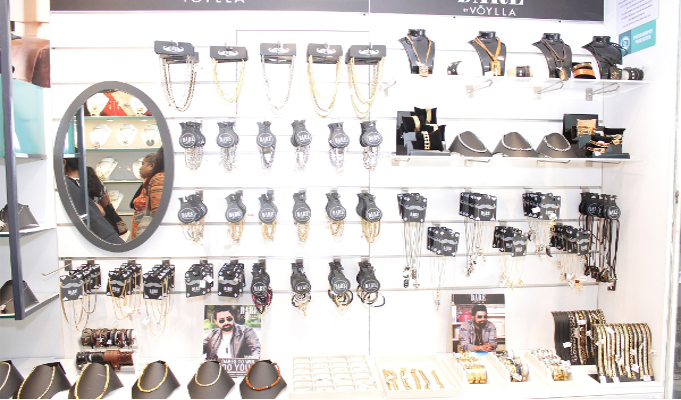 Voylla relaunches store in Mumbai; introduces men's accessories range