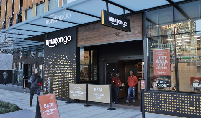 Amazon opens supermarket with no checkouts