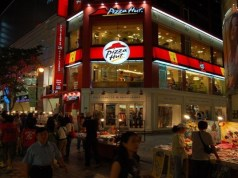 Pizza Hut plans to open over 200 outlets in India by 2022