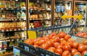 April retail inflation up on food prices