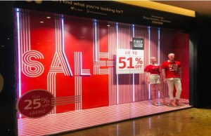 Shoppers Stop connects stripe trend with sale window