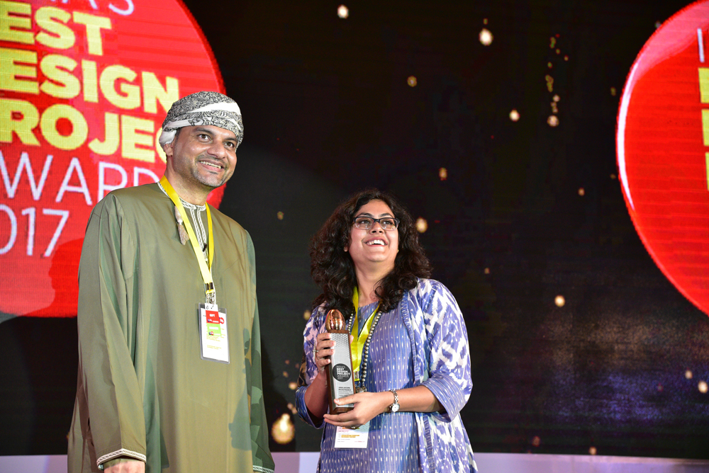 Cracker & Rush receiving 'India's Best Design Project 2017' Award from Hussain Al Lawati