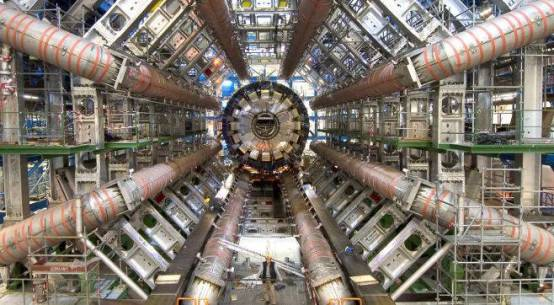 How Big Is LHC ? A 360 Video Will Stun You