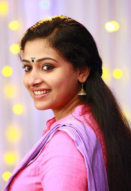 Bhavana Cute Hd Wallpapers Anu Sithara Cute Hd Images And Beautiful Wallpapers