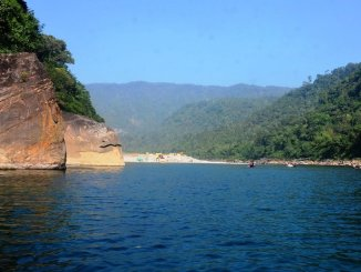 Dawki Umngot river