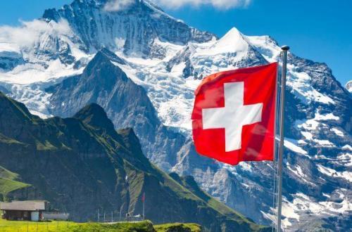 Switzerland-Flag-25 Top Things To Do In Switzerland