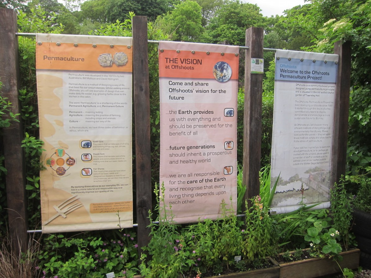 Offshoots Entrance signs