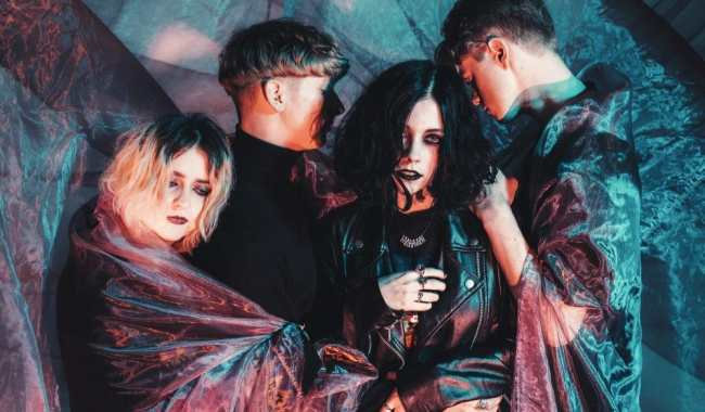 Pale Waves share video for new single 'New Year's Eve'