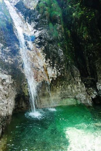 cascata segreta marmitte dei giganti val d'ancogno in val brembana bergamo (3)
