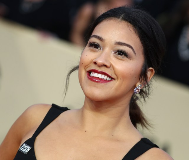 Gina Rodriguez24th Annual Screen Actors Guild Awards Arrivals Los Angeles Usa 21