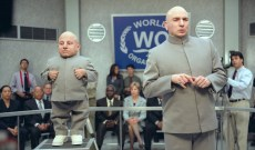 Mike Myers Pays Tribute to 'Austin Powers' Co-Star Verne Troyer: 'He Will Be Greatly Missed'