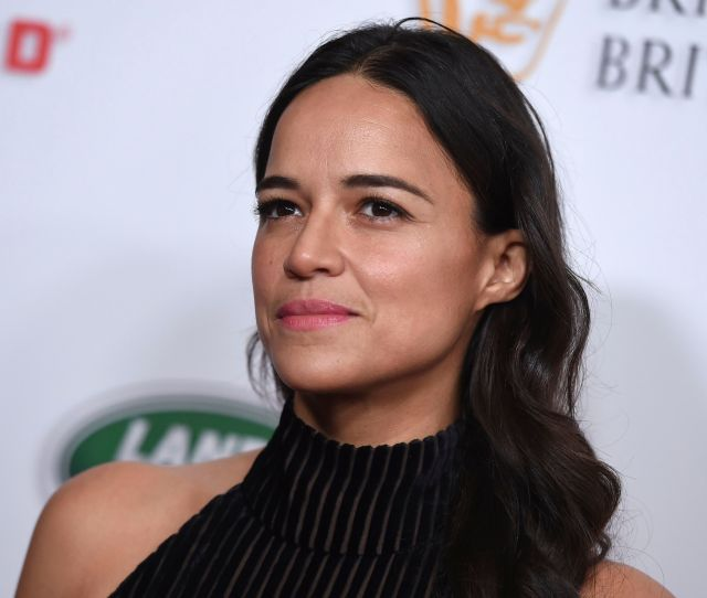 Michelle Rodriguez Arrives At The 2018 Bafta Los Angeles Britannia Awards At The Beverly Hilton On