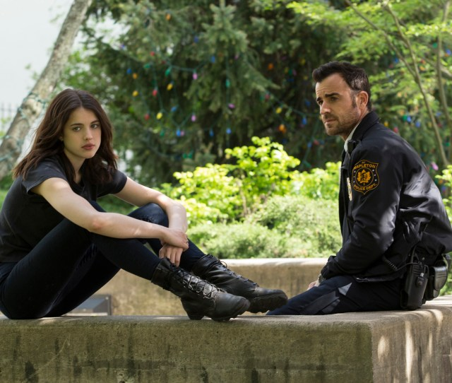 Margaret Qualley And Justin Theroux The Leftovers