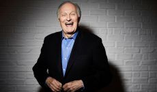 Alan Alda Makes Everything Better If You Just Listen, Including 'Marriage Story'
