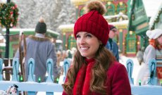 'Noelle' Review: Disney+'s Anna Kendrick Holiday Comedy Is a Sloppy Hallmark Channel Ripoff
