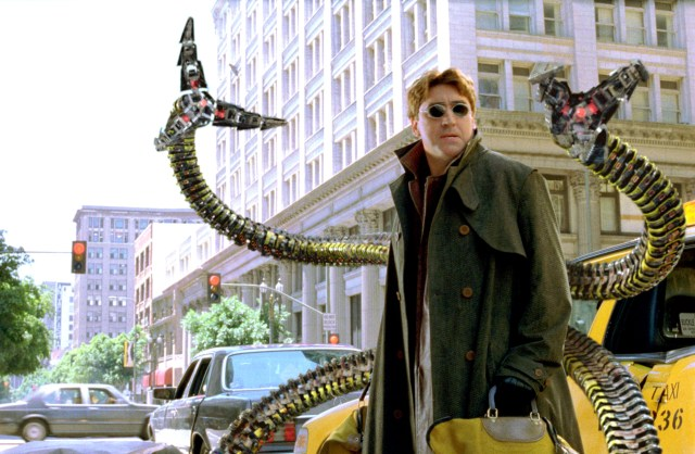 Spider-Man: No Way Home: Alfred Molina Teases Doc Ock Return, De-Aging |  IndieWire