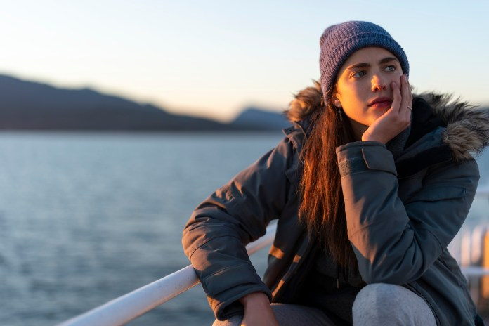 Maid' Trailer: Netflix and Margaret Qualley Tell Family Drama — Watch    IndieWire