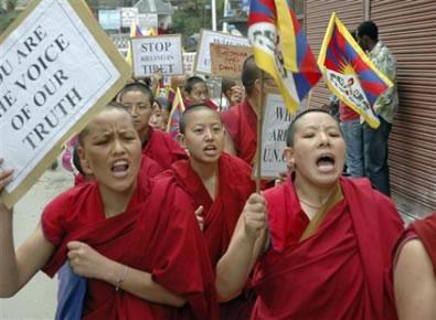 Esuli al confine: autonomia o indipendenza nel Piccolo Tibet.