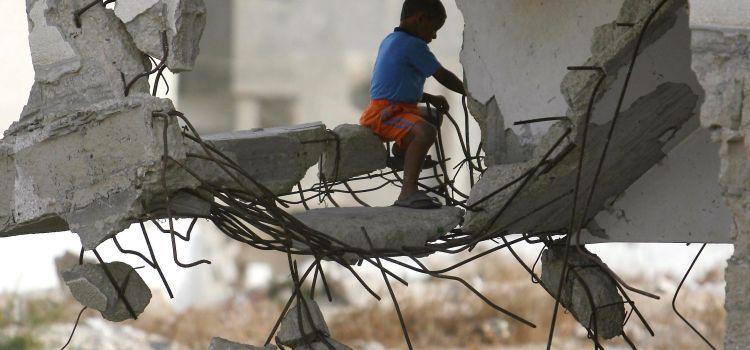 I palestinesi, un nemico anche da morti. Contributo da Gaza di Vittorio Arrigoni