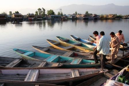 Kashmir, liberi di uccidere e morire. Reportage