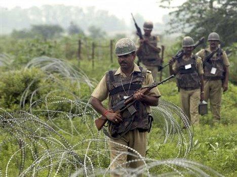Spari lungo la linea di Cessate il Fuoco tra India e Pakistan.