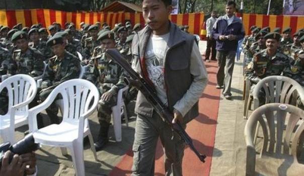 Più pace nel Nordest dell'India. I guerriglieri del KLNLF depongono le armi