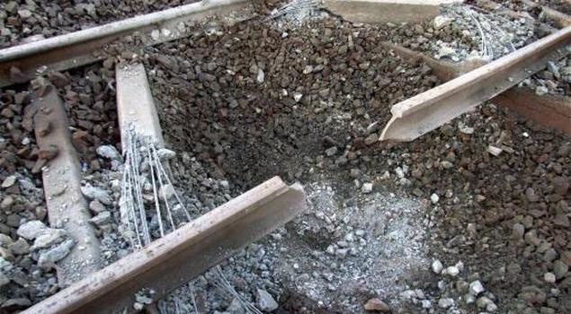 Indetta dai Maoisti una manifestazione in 7 stati: un poliziotto ucciso e treni bloccati.