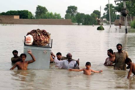 Un conto corrente per aiutare i pakistani colpiti dalle alluvioni.