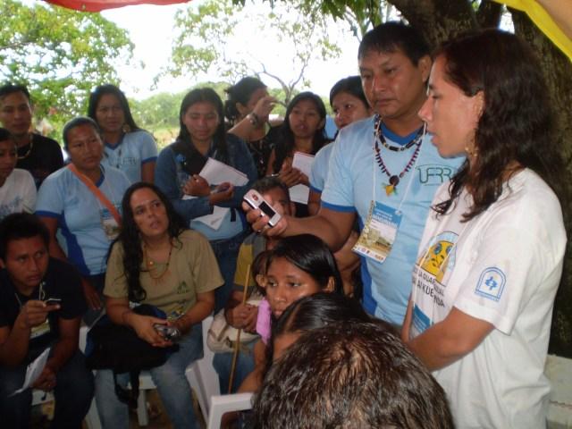 Alunos Indigenas em Conversa com O reitor e professores da UFRR