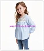 HM kız çocuk açık mavi dantelli bluz-35 TL