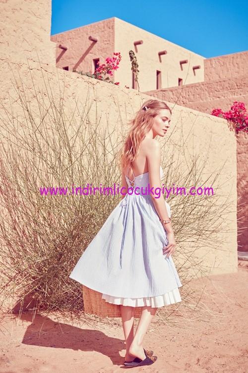 Koton Ole sırtı açık yazlık genç kız elbise