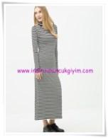 Koton boğazlı çizgi desenli maxi elbise-26 TL