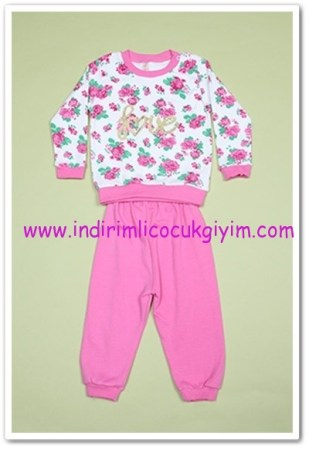 Tozlu Giyim çiçek desenli bebek 2li takım-18 TL