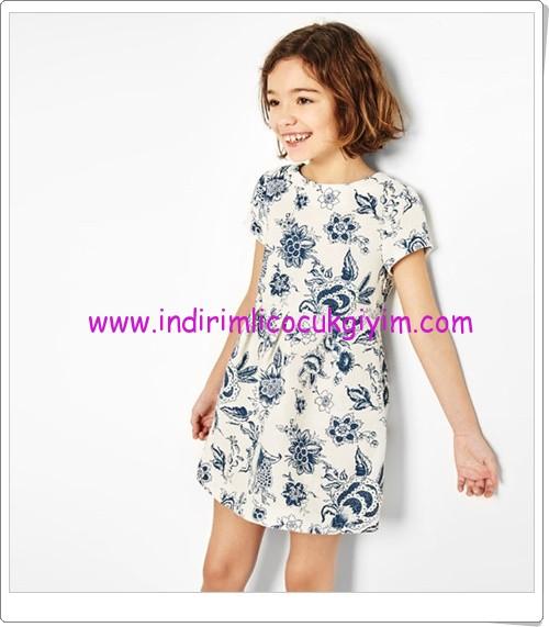 Zara kız çocuk floral desenli elbise-90 TL